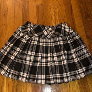 Dresses & Skirts - Black and white plaid skirt